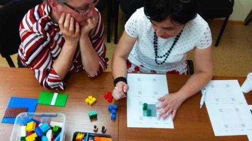 Obrazek galerii Edukacja matematyczna klockiem po(d)parta